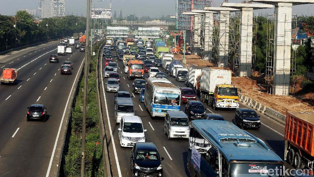 Tol Jakarta-Cikampek II Selatan Dibangun Sebelum 2019