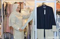 Wanita Ini Punya Omzet Rp 400 Juta/Bulan Jualan Busana Muslim