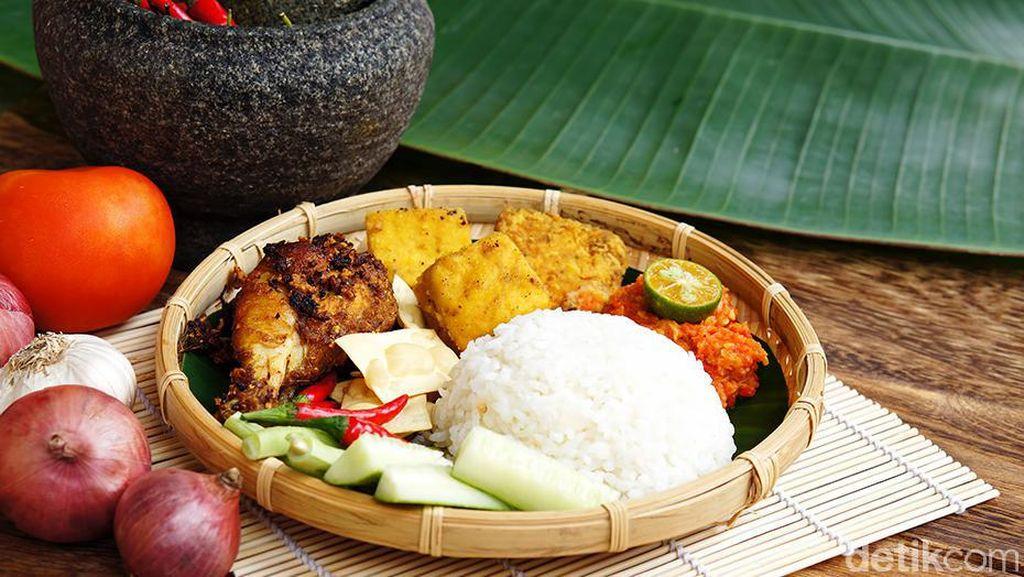 Ayam Penyet Bumbu Kurma Juarai Lomba Masak Dapur Ramadan Shopee