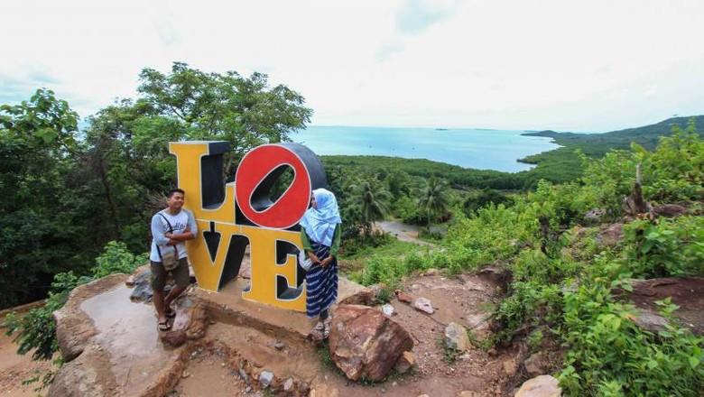 Ilustrasi Bukit Cinta di Karimunjawa (Pradikta/dTraveler)