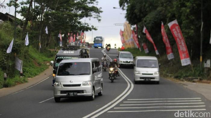 Jalur Nagreg mulai dipadati pemudik (Foto: Wisma Putra)