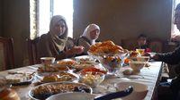 Rona Budaya Muslim Kazakhstan: Dari Fashion hingga Cara Minum Teh