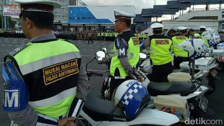 Tim Satgas Murai Macan, Pengurai Kemacetan Saat Mudik di Bayuwangi