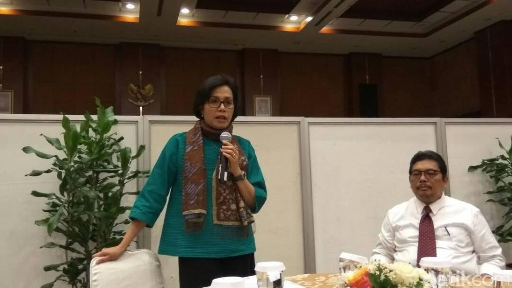 Tekad Kuat Sri Mulyani Agar DPR Setujui Aturan Pajak Intip Rekening
