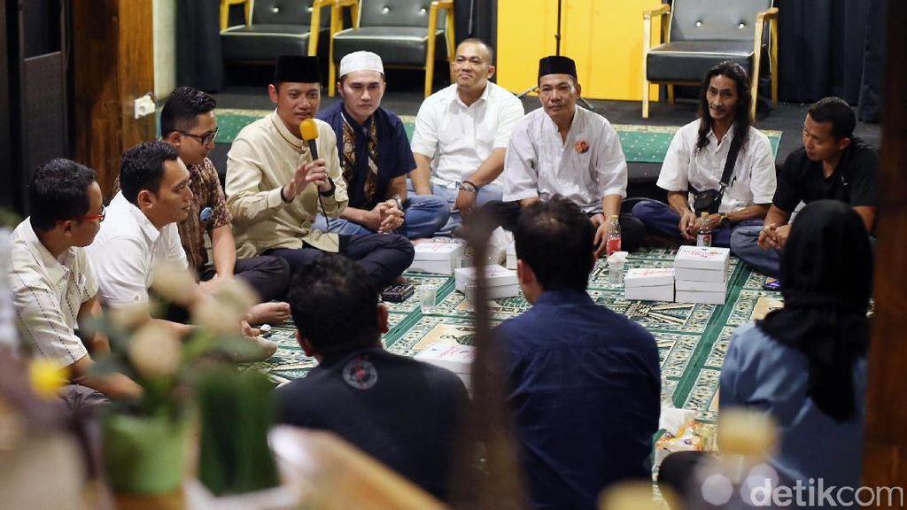 Agus Yudhoyono Buka Bersama Karib AHY