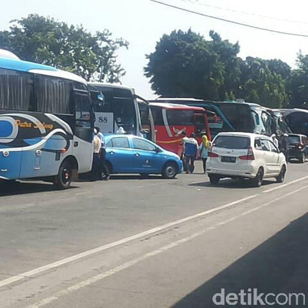 Mudik Natal dan Tahun Baru, Dishub Cek Bus di Terminal Kalideres