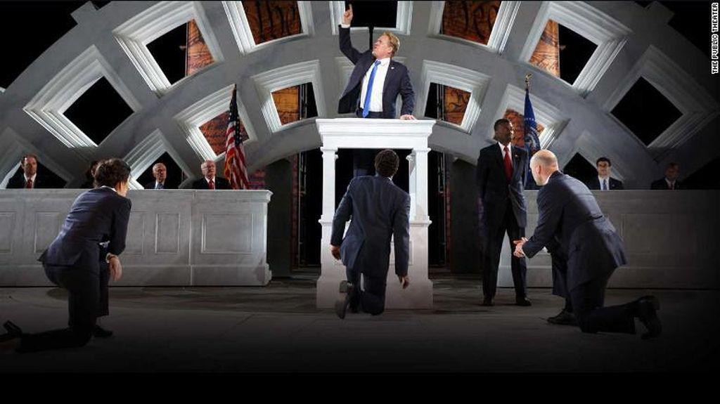 Pentas Julius Caesar di New York Sindir Donald Trump