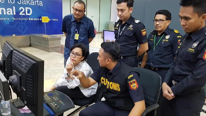 Pakai Cara Ini Agar Tak Kaget Kalau Dicegat Bea Cukai di Bandara