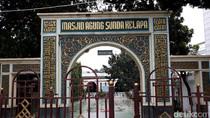 Alasan Anies-Sandi Pilih Masjid Sunda Kelapa Sebelum ke Istana