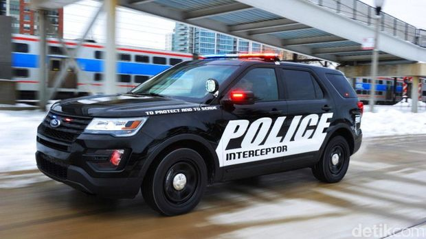 Mobil polisi Ford