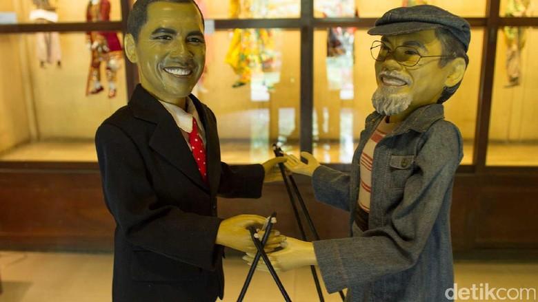 Wayang Golek Obama di Museum Topeng dan Wayang Setia Darma (Randy/detikTravel)
