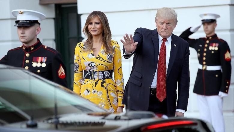 Saat Presiden Donald Trump Kebingungan Cari Mobilnya