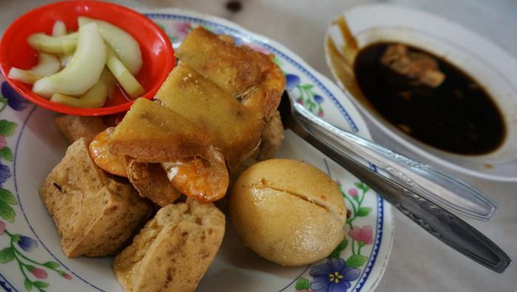 Hanya Punya 24 Jam di Semarang? Mampirlah ke 6 Tempat Ini untuk Makan Enak