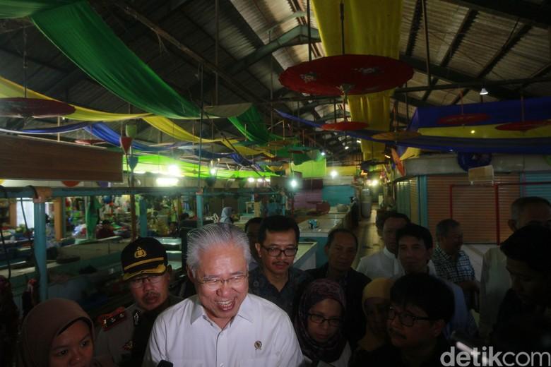Mendag Enggartiasto Puji Konsep Kontemporer Pasar Cihapit Bandung