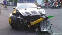 Penampakan Mobil Sport Nissan GT-R yang Tabrak Trotoar di Solo