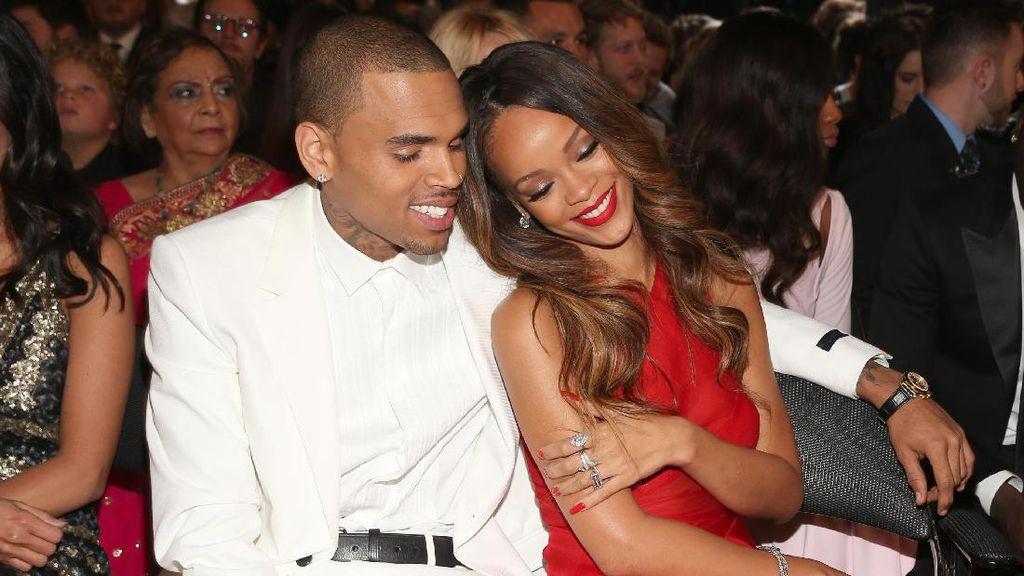 Pernah Terlibat Kasus Pemukulan, Chris Brown-Rihanna Masih Berteman Baik