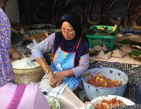Mbah Lindu, Penjual Gudeg Tertua di Yogya Terbaring Sakit
