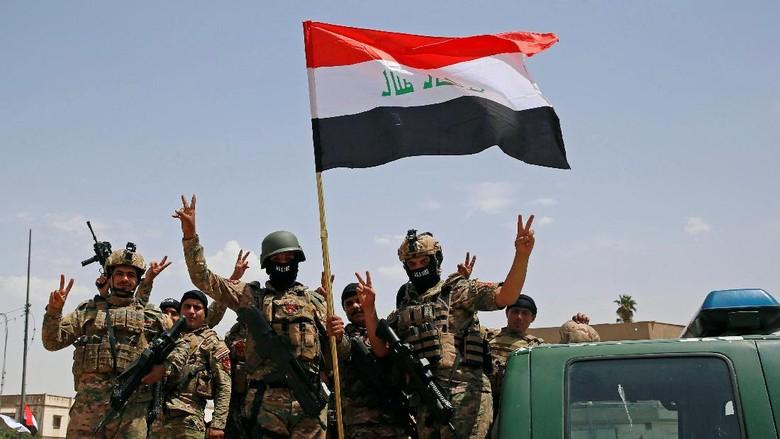Keceriaan Warga-Tentara Mosul Merayakan Kemenangan Atas ISIS
