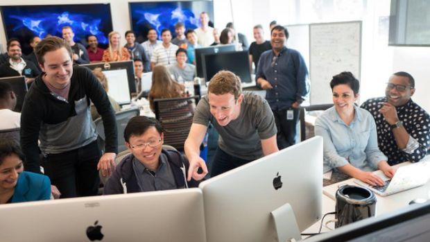 Facebook Mau Hadang Berita Sensasional