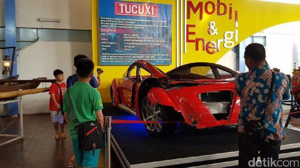 Mobil ini pun jadi primadona baru di Museum Angkut (Budi Sugiharto/detikTravel)