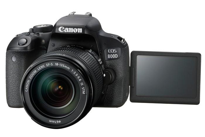 EOS 77D. (Dok. Canon)