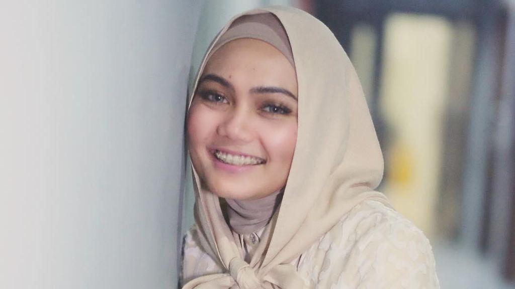 Tutorial Hijab Pita Ala Rina Nose, Hanya 1 Menit