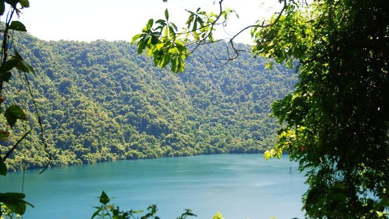 Foto: Penampakan Danau di Pulau Satonda (Edward Edy/Kab Dompu/Istimewa)