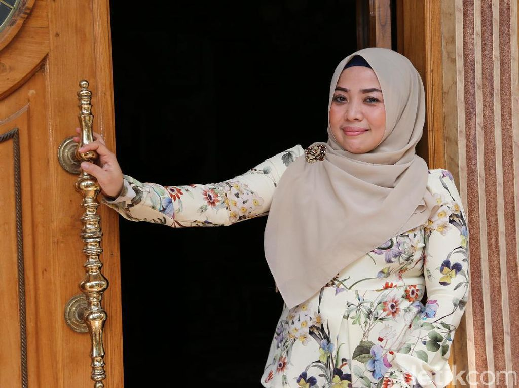 Muzdhalifah Diperiksa Polisi Soal Pencemaran Nama Baik Khairil Anwar