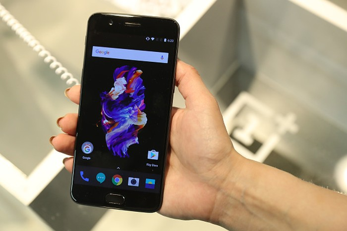 Ponsel OnePlus. Foto: Getty Images
