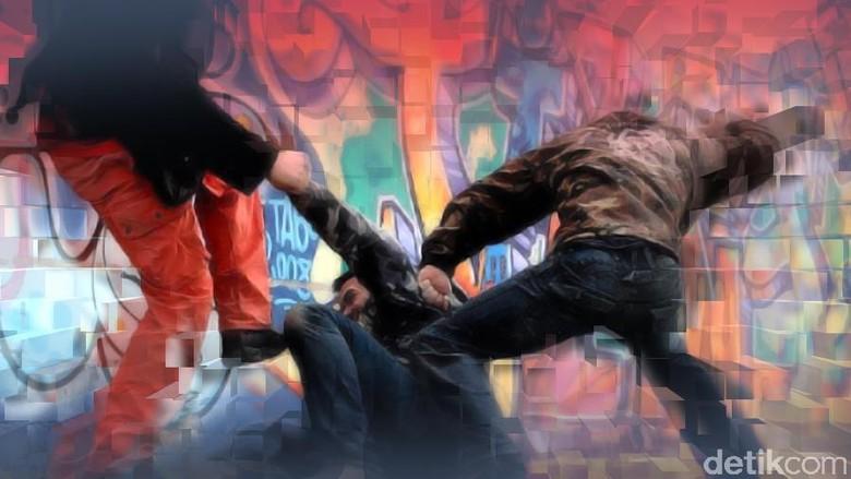 Suporter MU-Liverpool Bentrok Saat Nobar di Cikokol, Didamaikan Polisi