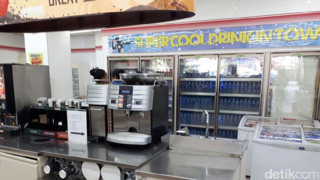 Mesin Pembuat Kopi Hingga Microwave Sevel Dijual untuk Lunasi Utang