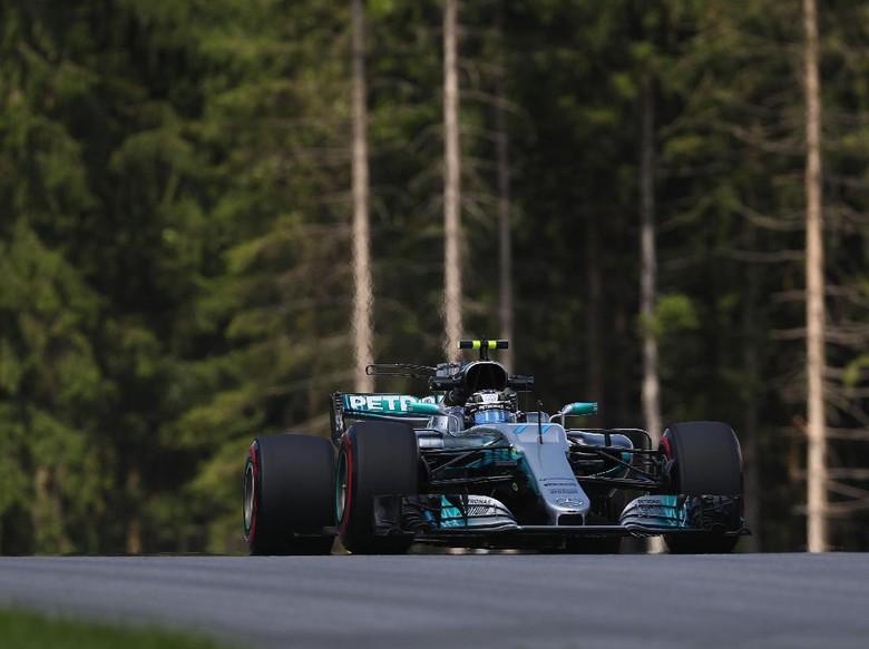 Bottas Start Terdepan di GP Austria