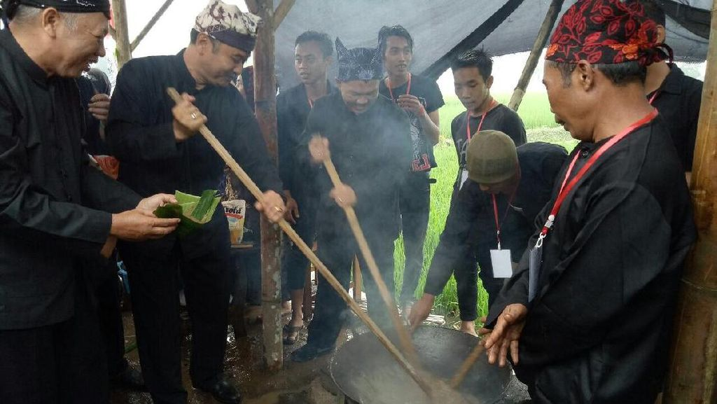 Sarat Sejarah, Sego Lemeng dan Kopi Uthek Khas Banyuwangi
