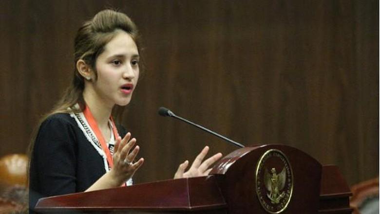 Tsamara Amany Idolakan Bung Karno, Kagumi Inggit Garnasih