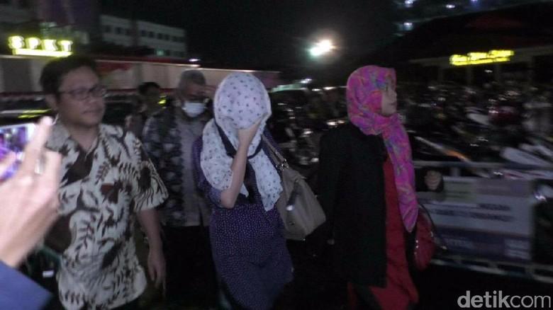Keluarga Hermansyah: Irina Muslimah dan Tak Lakukan Prostitusi