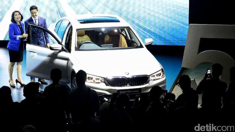 BMW Seri 5 Telat Datang ke Indonesia, Ini Jawaban BMW