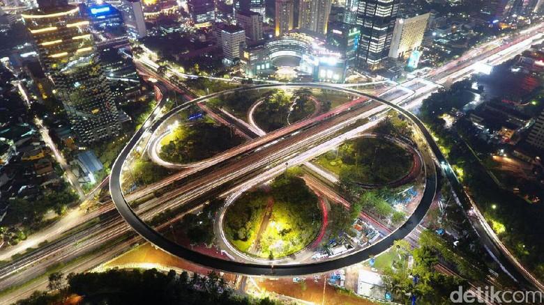 Simpang Susun Semanggi Jadi Jembatan Lengkung Terpanjang di RI