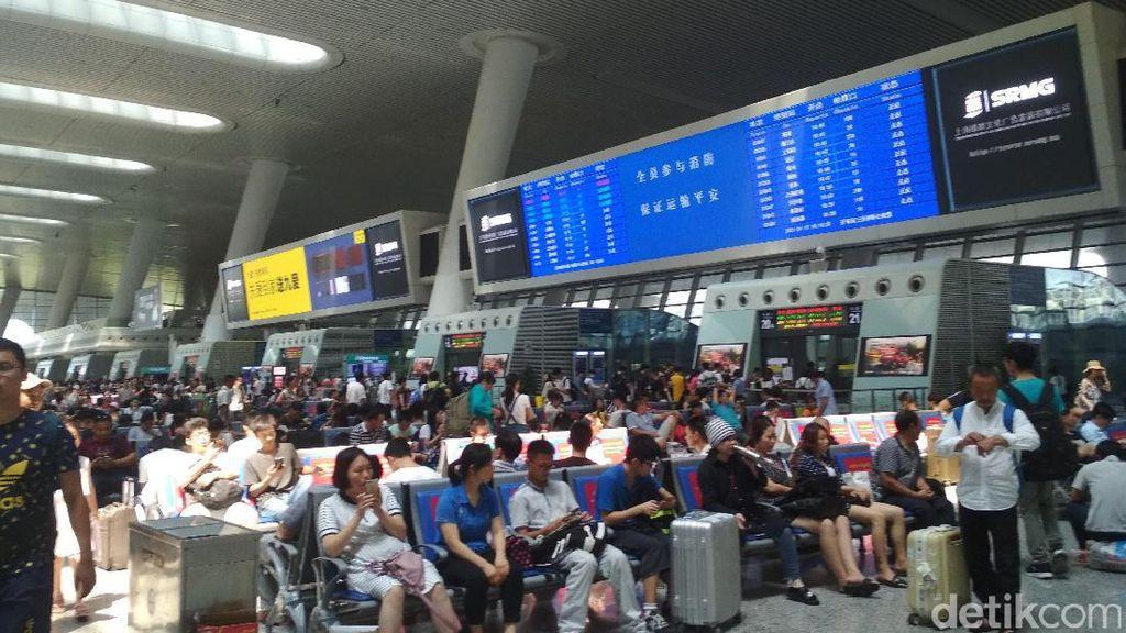 Pengalaman Naik Pesawat dan Kereta Cepat di China, Mahal Mana?