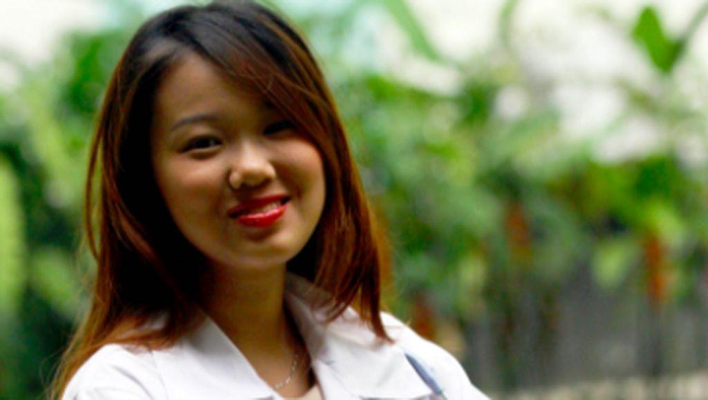 Inspiratif, Gadis Cantik yang Jadi Dokter Termuda di Usia 19