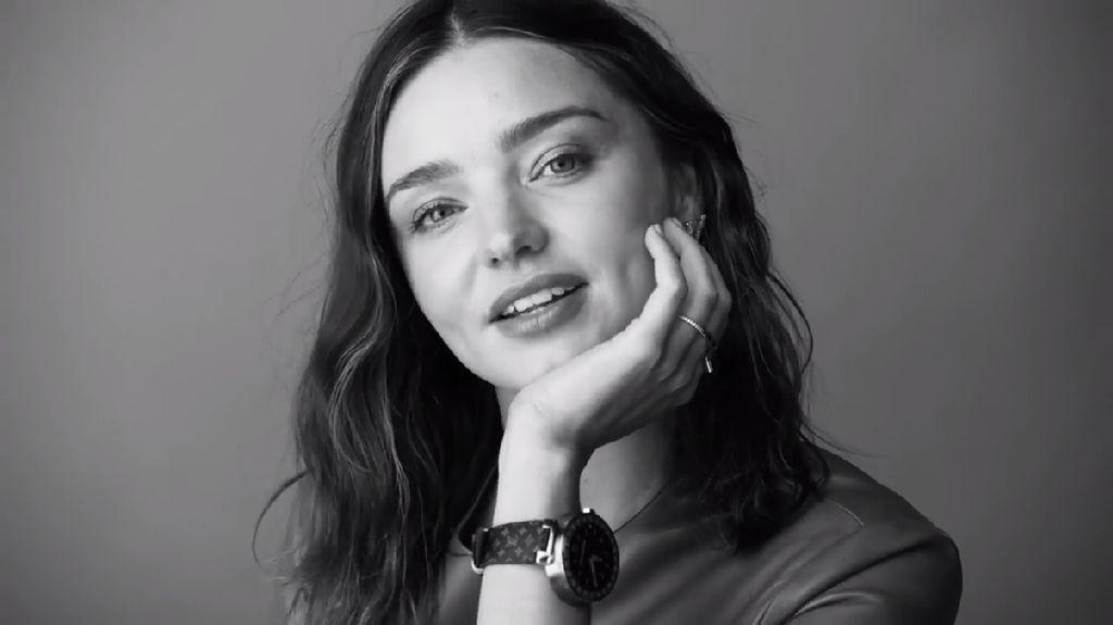 Miranda Kerr Jadi Duta Smartwatch Mewah