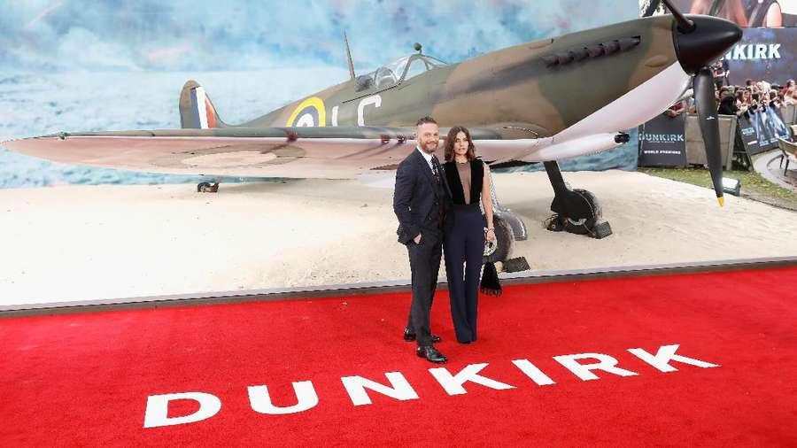 Ikut Premier Dunkirk, Pangeran Harry Berjumpa Veteran Perang