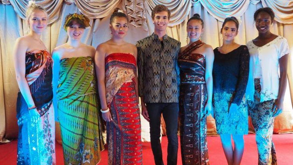 Ketika Orang Denmark Kepincut Budaya Indonesia