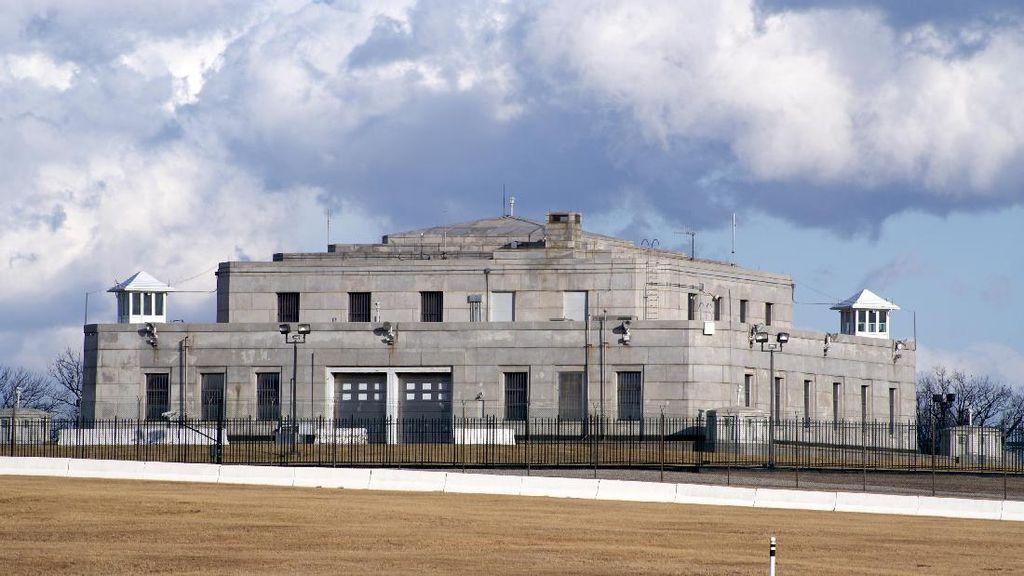 Fort Knox, lokasi ini disebut-sebut terlarang lantaran menyimpan persediaan emas milik Amerika Serikat. Foto: istimewa