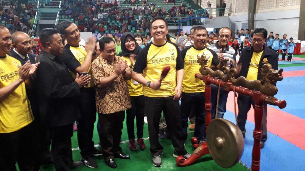 Jaring Bibit Karateka Melalui Karate Kapolrestabes Surabaya Cup