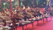 Menteri Susi dan Menhub Sambangi Kejagung Nonton Wayang