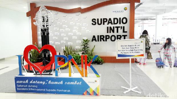 Tiba di Bandara Supadio, Pontianak (Kurnia/detikTravel)