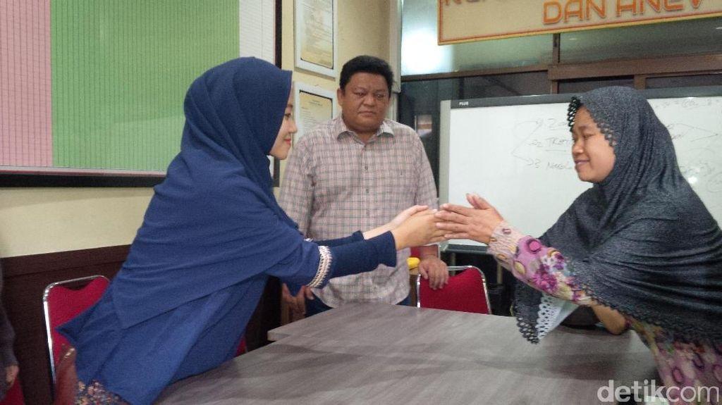 Bertemu Korban, Ortu Pembegal Pasutri di Bandung Minta Maaf