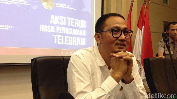 Ada Teroris, Kenapa Aplikasi Telegram Tidak Ikut Diblokir?