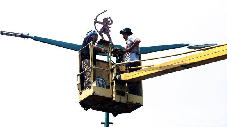 Perbaikan Lampu Penerangan Jalan Umum di GBK