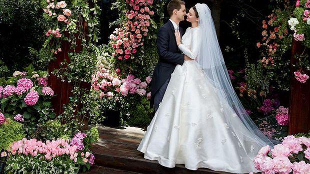 10 Pernikahan Selebriti Hollywood Paling Hot